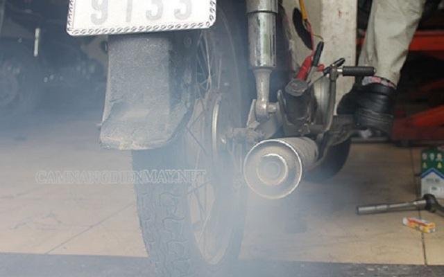 Dấu hiệu cho thấy xe máy bị hở bạc