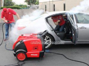 Giải pháp rửa xe khi máy còn nóng là dùng máy rửa xe hơi nước nóng