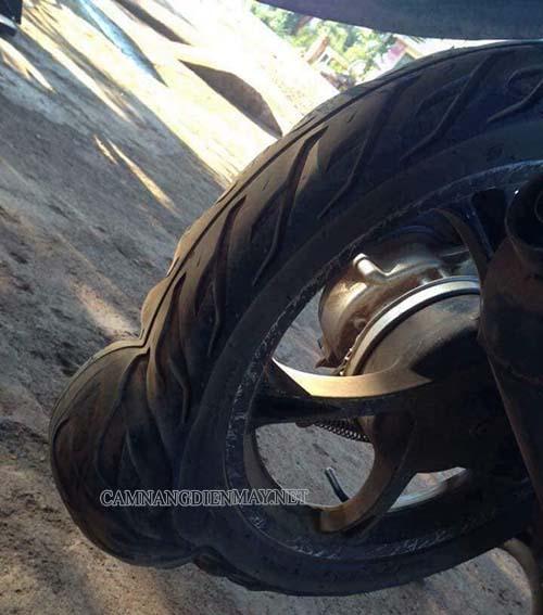 Hiện tượng của việc lốp xe máy bị phồng