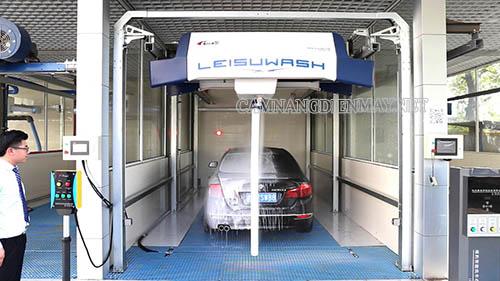 Máy rửa xe ô tô tự động vận hành hoàn toàn tự động trong tất cả các khâu rửa xe