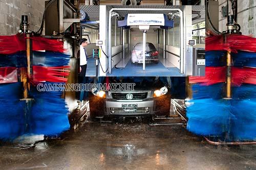 Hệ thống rửa xe ô tô tự động dạng dây chuyền