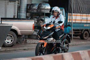 Xe máy bị rung đầu nếu không được xử lý kịp thời dễ gây nguy hiểm cho người lái xe