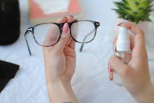Lau mắt kính bằng phương pháp đơn giản nhất