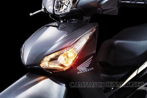 Đèn xi nhan báo rẽ giúp bạn chuyển làn một cách an toàn
