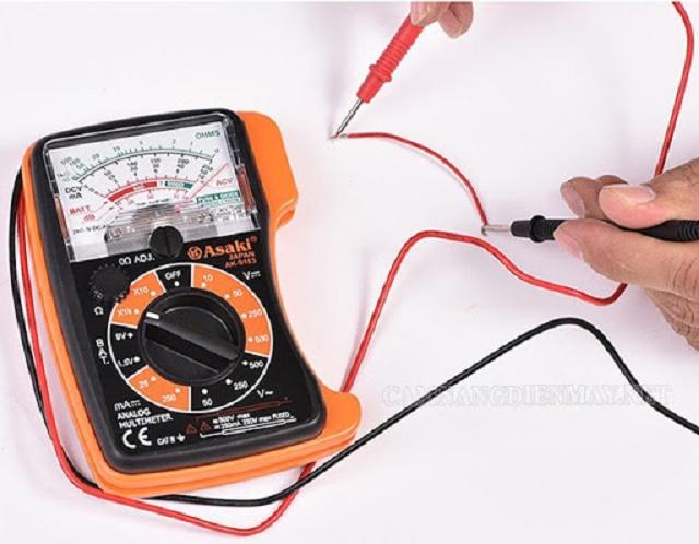 Đồng hồ vạn năng kim cho những công việc không yêu cầu độ chính xác quá cao