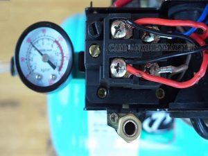 Điều chỉnh áp suất khí nén để máy hoạt động ổn định hơn