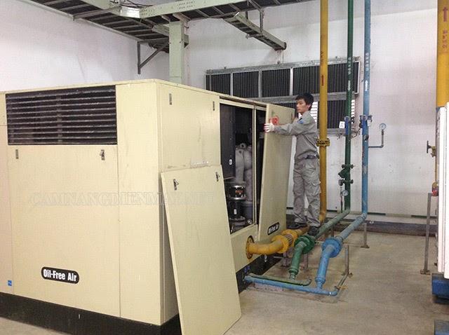 Khởi động máy nén khí theo đúng quy trình khí sử dụng