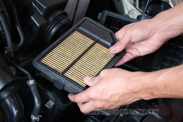 Chú ý vệ sinh lọc gió điều hòa ô tô đúng theo quy trình chuẩn