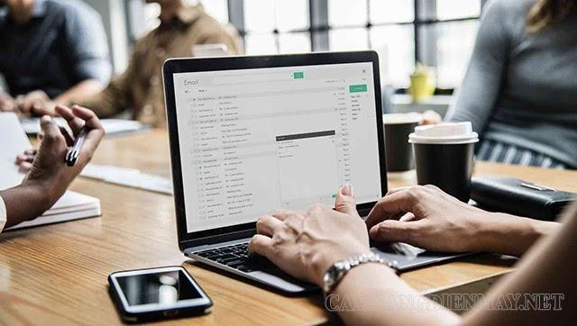 CC và BCC giúp cho việc gửi mail cho nhiều người cùng lúc nhanh hơn