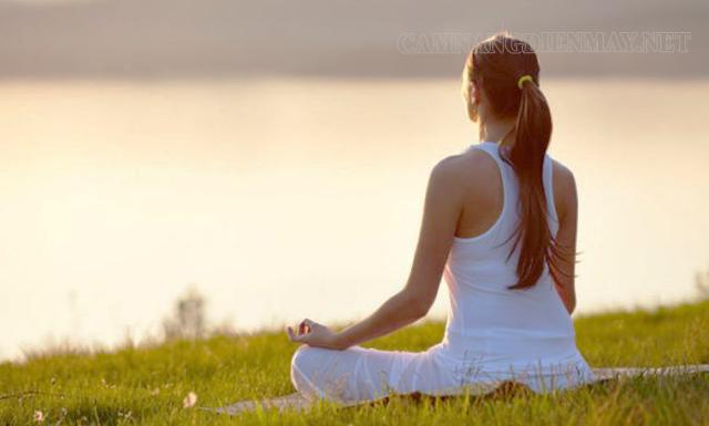Ngồi thiền để tĩnh tâm, loại bỏ những suy nghĩ tiêu cực