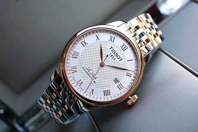 Đồng hồ như lời nhắc nhở hãy nhớ từng khoảng thời gian bên nhau