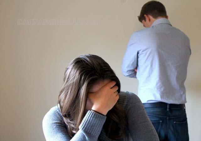 Tình yêu không thuận lợi, gia đình dễ đổ vỡ và ly tán