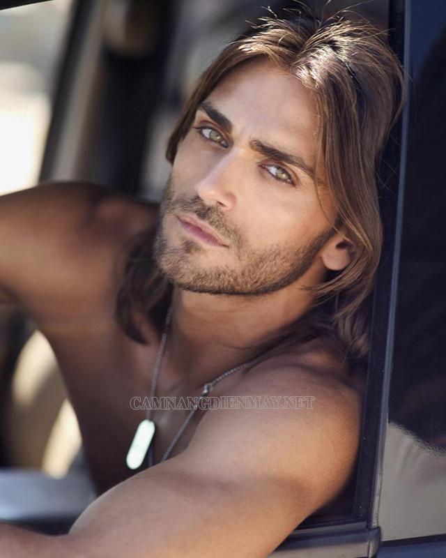 Đôi mắt nâu là điểm cuốn hút của đàn ông tại Brazil