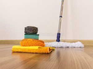 cách vệ sinh sàn gỗ