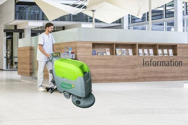 Máy chà sàn Sauber SBS 50B có tốc độ làm sạch 2500m2/giờ